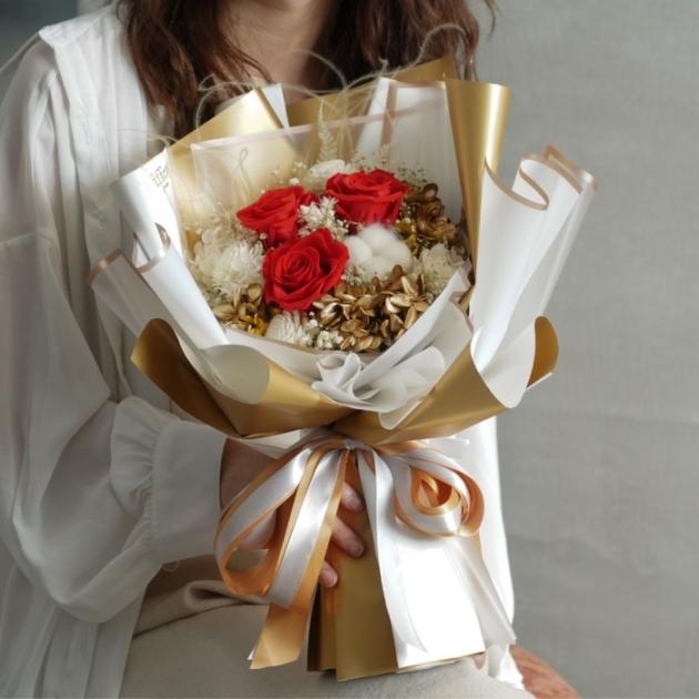 Golden Love・厄瓜多爾永生花束 1