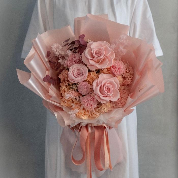 珊瑚粉・玫瑰康乃馨永生花束 1